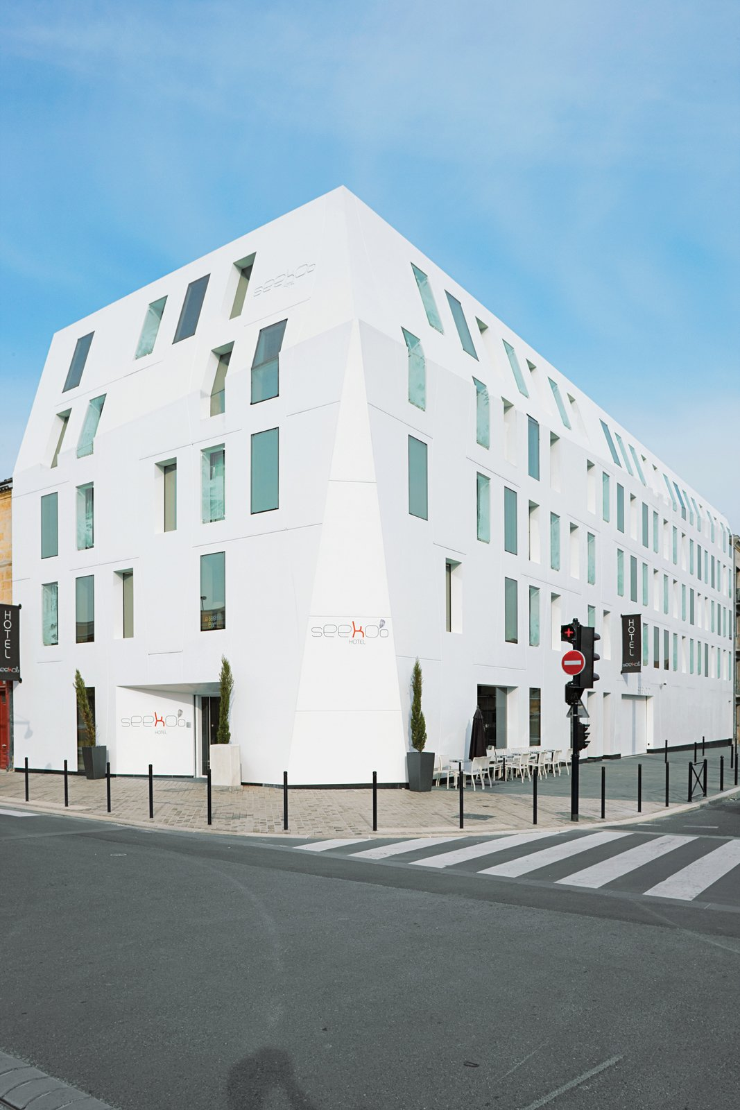 The new Seeko'o Hotel, the world's first building clad entirely in DuPont Corian.  Photo 5 of 9 in Bordeaux, France
