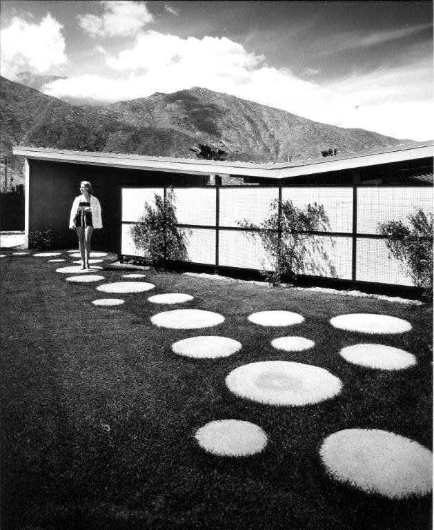 Twin Palms by William Krisel.  Photo 3 of 9 in Iconic California Midcentury-Modern Architect William Krisel Dies at 92 from Q&A with Illustrious California Architect William Krisel