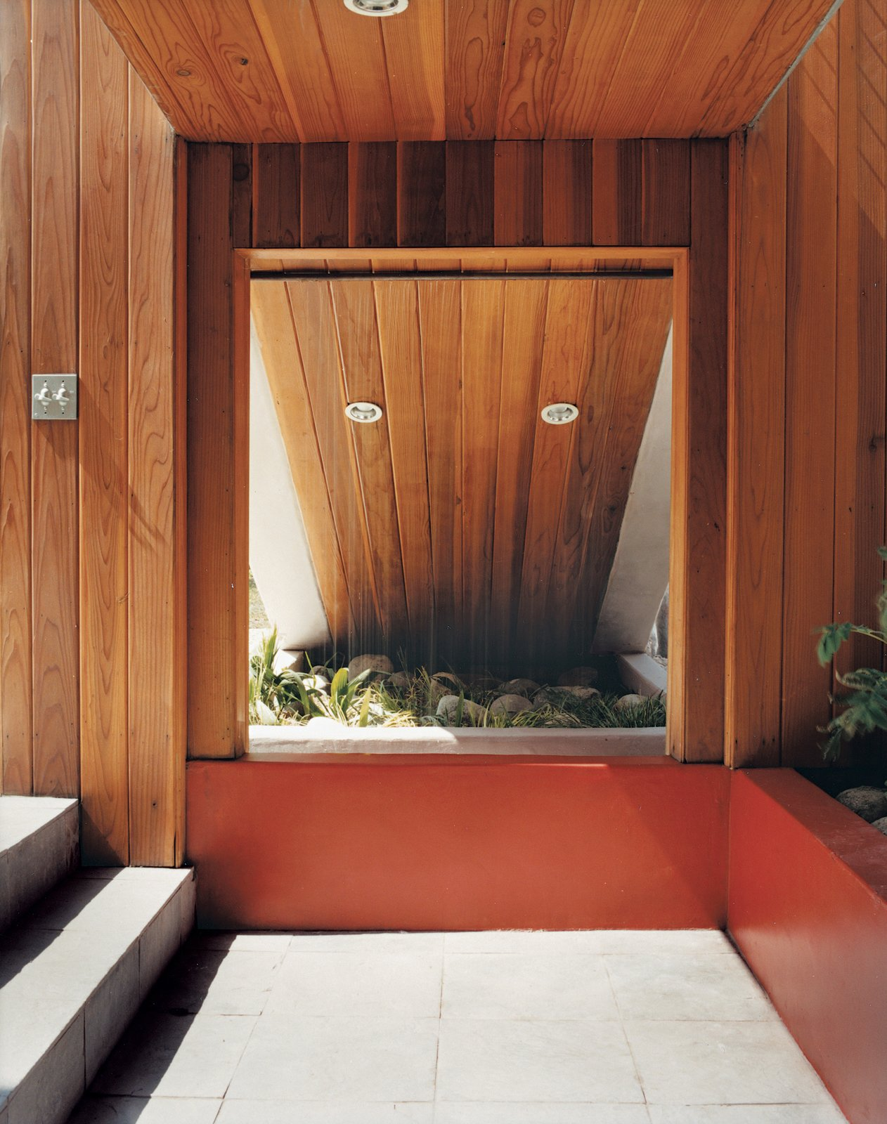 The entrance to the chill-out room is under the stairs.  Photo 7 of 10 in Casa Study House #1