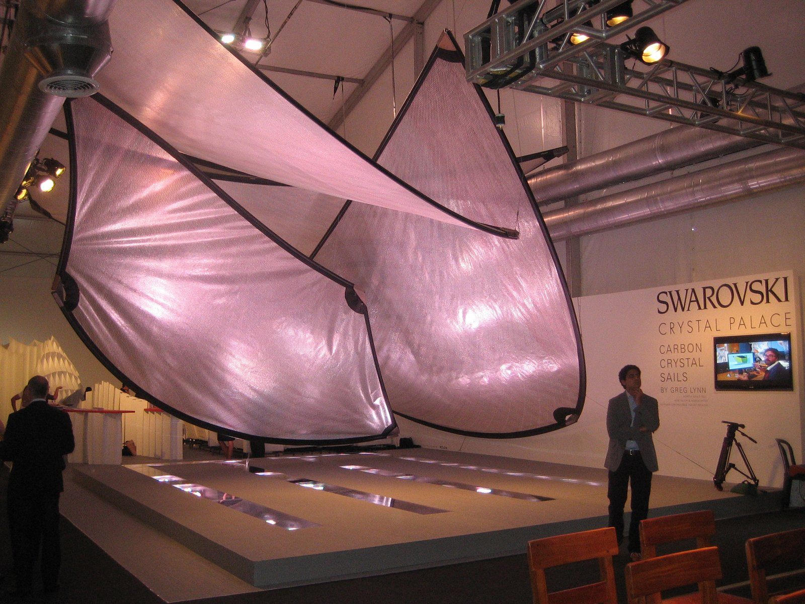 "Greg Lynn designed a massive, color-changing installation for Swarovski that sat between the VIP lounge and the bathrooms.  Search ""동해출장마사지-출장안마-출장-출장서비스 동해콜걸 출장샵 주소ㅋr톡BC388 주소[sannhu222,vip] 동해 출장여대생 만남 출장만남 업소 타이마사지 출장샵추천 업소  동해출장샵 출장서비스 출장업소"" from Design Miami: Recap"
