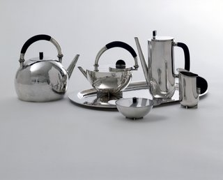 Coffee and Tea Set, Marianne Brandt, 1924, silver and ebony.