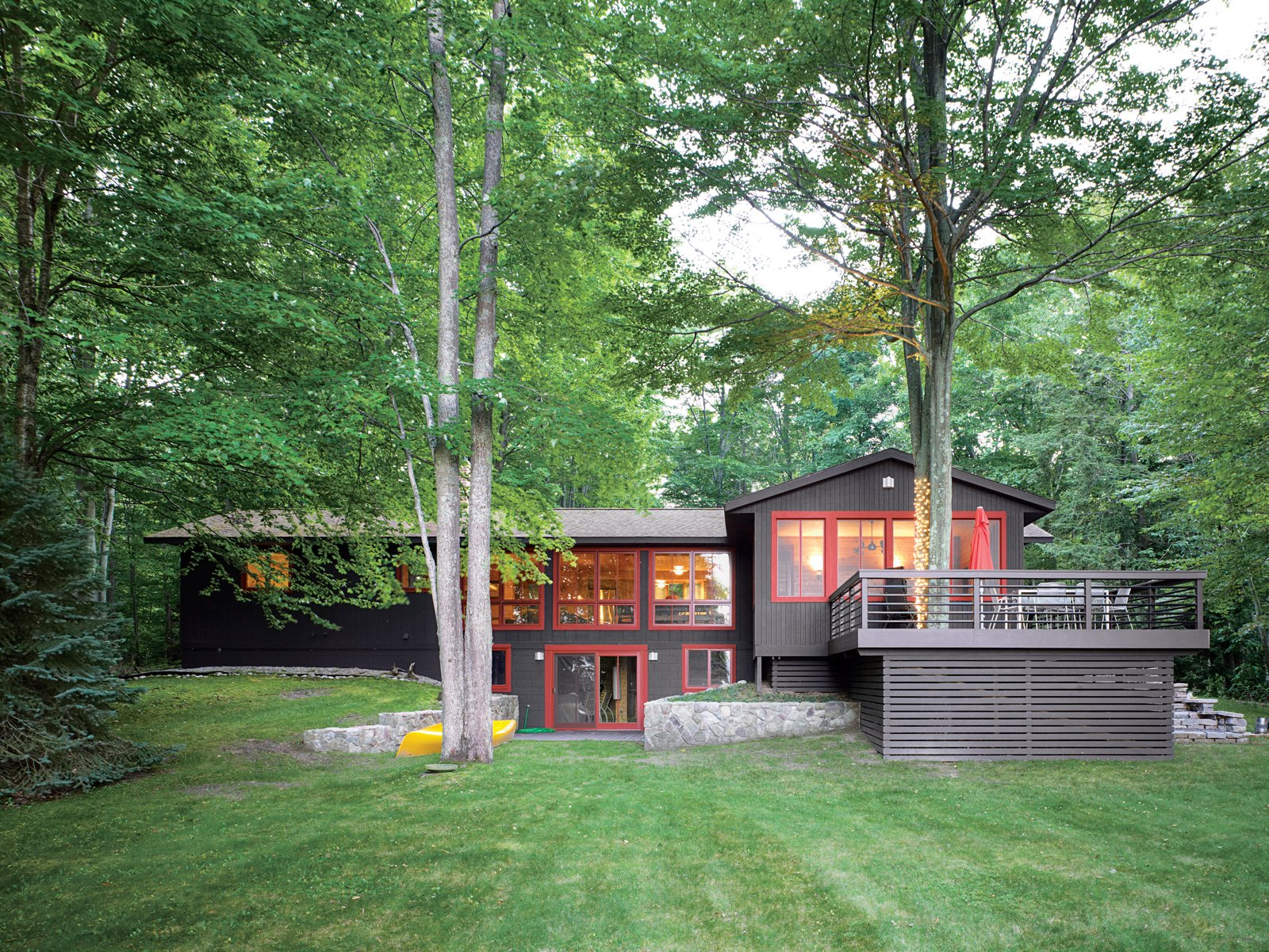 The rise of the front lawn and the height of the trees give the house a subtle presence amid magnificent surroundings.  Photo 9 of 12 in Campbells' Coup