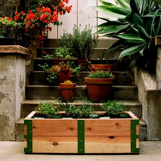 Patio Garden Kit by Scout RegaliaOur apartment dwelling neighbors finally have a design savvy solution to all of their gardening needs. Plus, it's manufactured right here in L.A...Gotta love that!