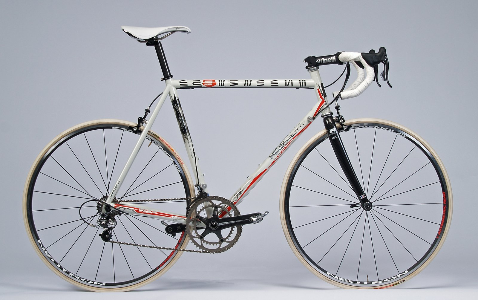 OLYMPUS DIGITAL CAMERA  Commute in Style with a Modern Bicycle by Luke Hopping from Bespoke: The Handbuilt Bicycle