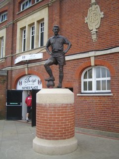 The Fulham Football Club grounds were between the Parson's Green home where I stayed and the house I went to visit. The stadium is right on the Thames and nestled nicely into a residential neighborhood. Ah to walk out the door and wander down to catch a soccer match. This statue is of Fulham great Johnny Haynes. American Clint Dempsey is the star now. We'll see how Clint fares in the World Cup.