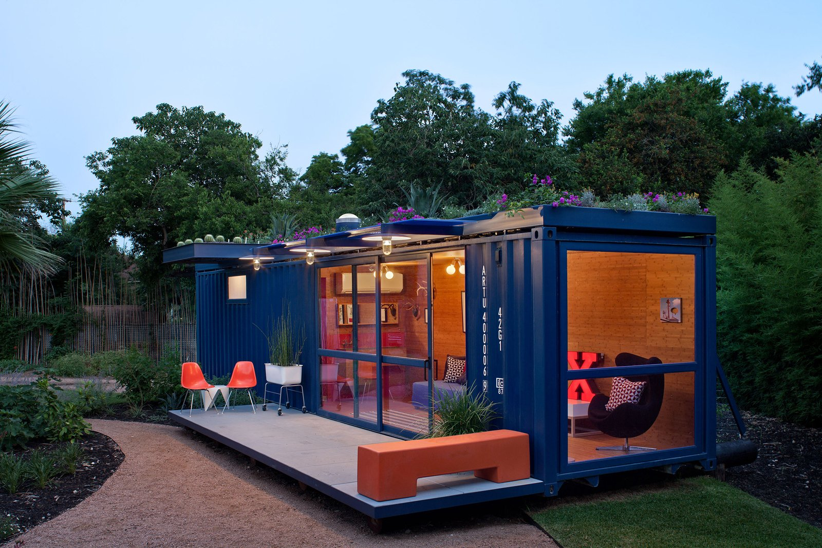 Poteet Architects shipping container home exterior
