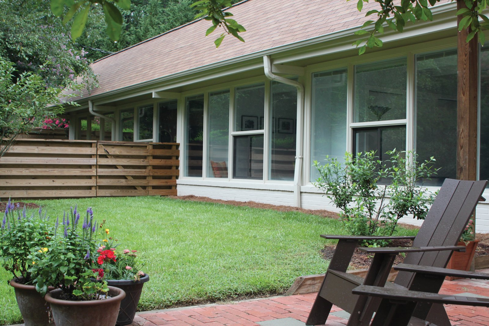 Bizios Architect gave the Rugby house a new lease on life by rearranging a few walls, adding 400 square feet, a screened porch, decks and patios.  Photo 16 of 30 in Triangle House Tours
