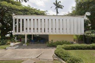 Architect's private residence, Accra. Architect: Kenneth Scott Associates, 1961.