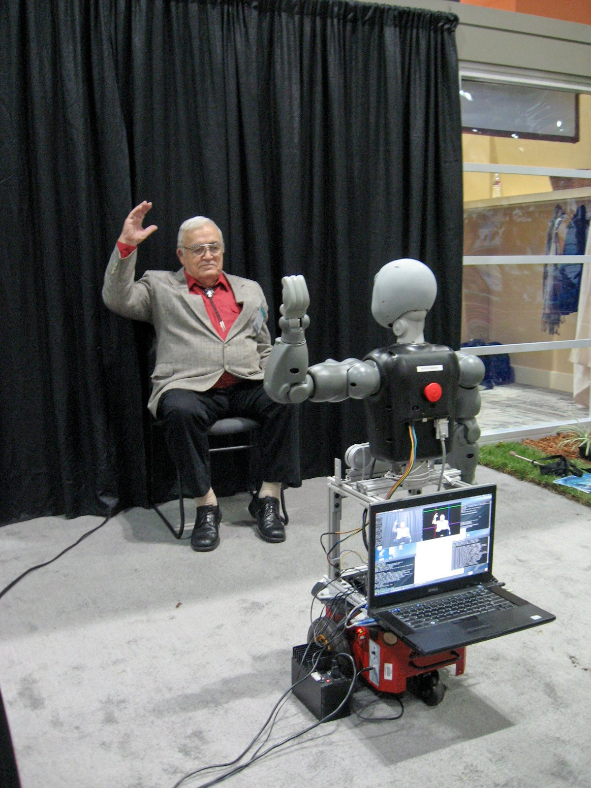 "One-on-one fitness instruction plays a significant role in motivating seniors to stay in shape. A talking robot dubbed Bandit encourages a person seated in front of it to engage in customized exercises, ranging from easy to challenging. Although still in the research and testing stages, the robot is capable of leading a person through a series of arm movements or imitating arm movements modeled by the person. It's one of six socially assistive robots, or SARs, being developed by the Interaction Lab of theViterbi School of Engineering at the University of Southern California. For more information, see Interaction Lab.  Search ""창원출장샵(TALK:za31)¤영양출장아가씨"" from The Idea House: Senior Living"