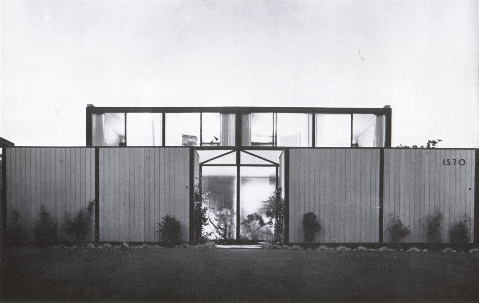 View from street, photo 1953 (from Craig Ellwood, by Esther McCoy, Walker and Company, NY, 1968).  Photo 1 of 9 in Hollywood Renovation: Week 1