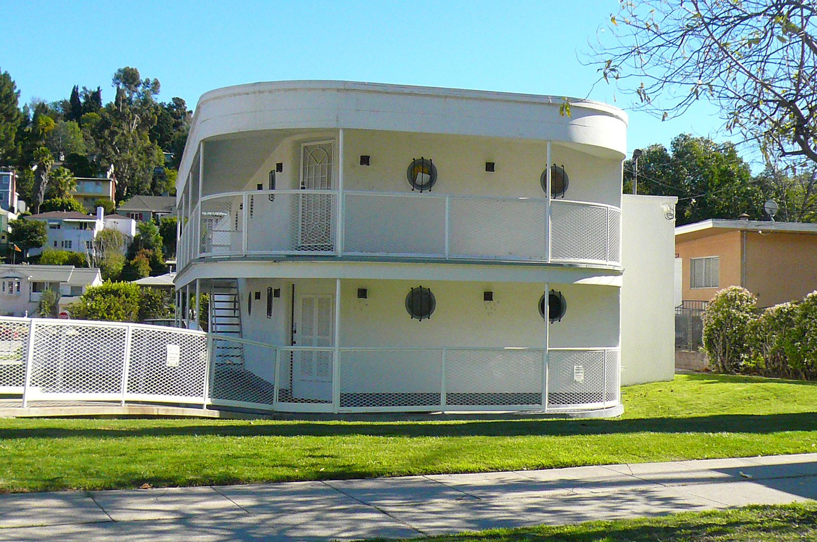 "I especially loved this classic art deco structure on Hyperion Avenue, known as ""the Boat."" It's owned and used as a recording studio by the Dust Brothers.  An Architect's Guide to Silver Lake by Jaime Gillin"