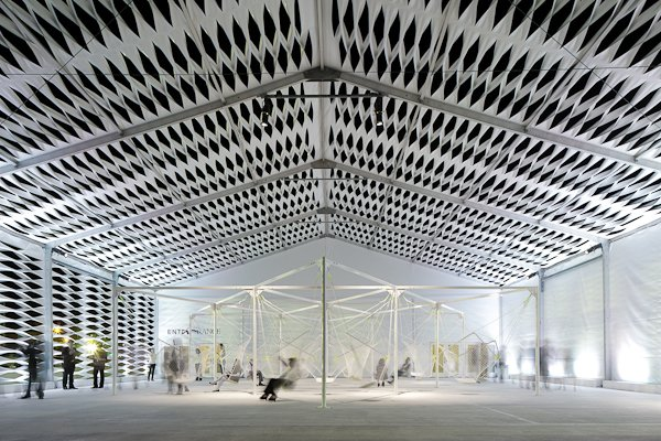 """Konstantin Grcic (honored as Design Miami's designer of the year) elected to create a seating installation titled """"Netscape"""" in the center of the shed.  Design Miami's Deconstructed Tent  by Diana Budds"""