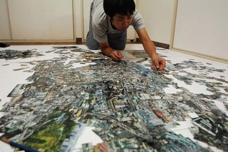 With little more than scissors and glue, Nishino pieces together thousands of personally photographed prints in an effort to re-experience a city.  Diorama Map i-Land, 2007/2008, Light jet print on, Kodak Endura paper, 170 x 250 cm, © Sohei Nishino, Courtesy of Michael Hoppen Contemporary/ Emon Photo Gallery.