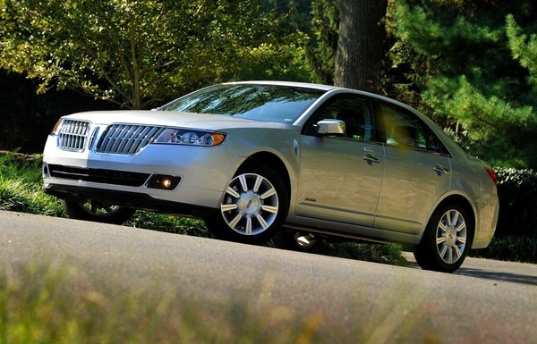 """The Lincoln MKZ Hybrid was honored among Green Car Journal's 'Top 5 Green Cars for 2011.' It's a """"sophisticated luxury vehicle with a hybrid system that brings great acceleration and superior fuel economy,"""" says Cogan."""