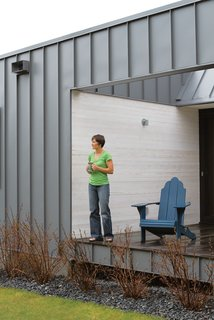 "Hands OffArchitect Steve Bull aimed to create a home for Leinicke and Navitsky that was virtually maintenance-free. To that end, the exterior is standing-seam metal siding that will never need to be painted; the cedar walls are finished with an eco-friendly Osmo semisolid stain rather than paint; and the floors are end-grain fir, a recycled by-product of door manufacturing that ""is so tough it will outlast most buildings,"" says Bull.  custombiltmetals.com  osmona.com  oregonlumber.com"