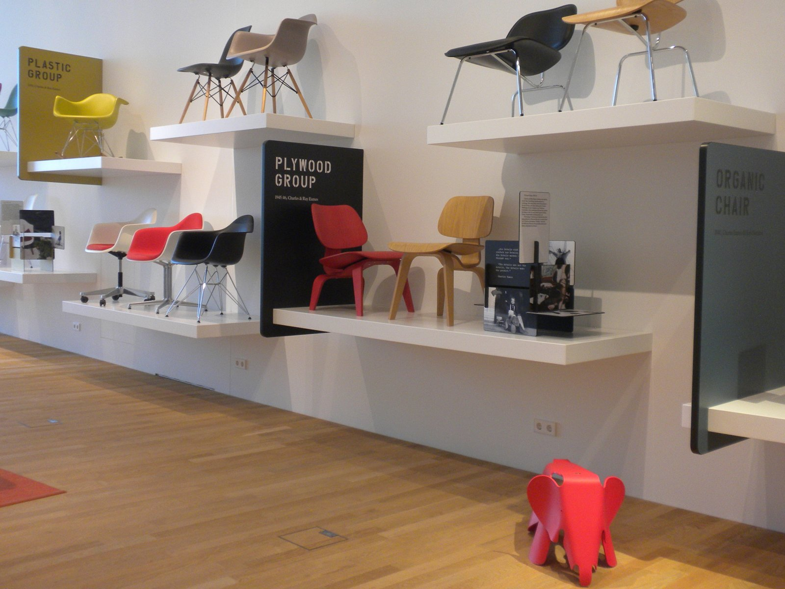 One section of the VitraHaus is dedicated entirely to the Eameses. Among the chairs on display: the LCW molded plywood lounge chairs designed in 1945/46 and the RAR Rocking Chair designed in 1950.  Inside the VitraHaus by Miyoko Ohtake