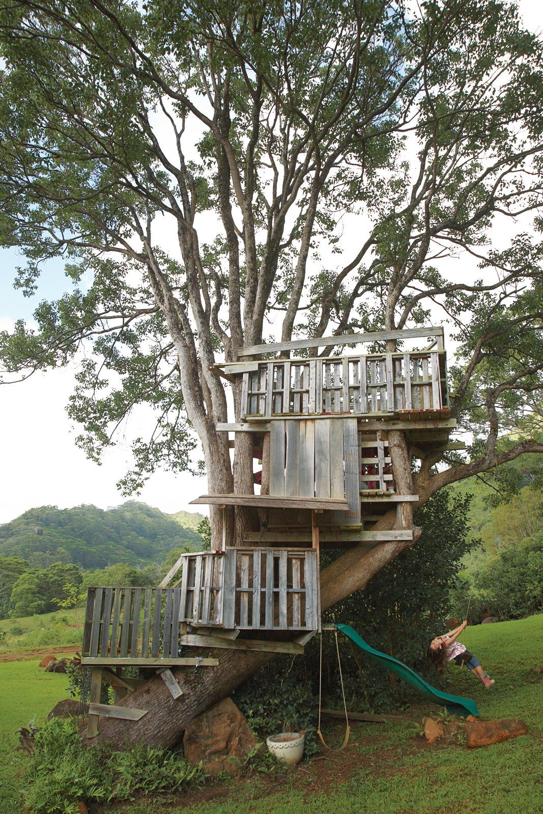 Cabins & Hideouts from Grateful Shed
