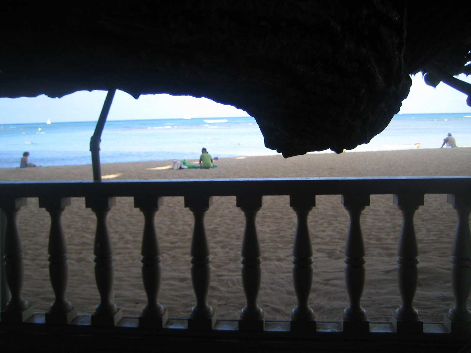 Here's that perfectly-framed sliver of a view from my table over breakfast.  Photo 1 of 5 in Hau Tree Lanai in Honolulu