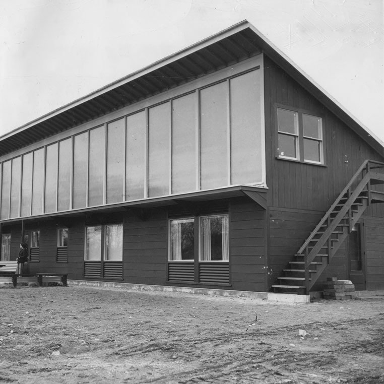 Eleanor Raymond, Dover Sun House (with Maria Telkes), 1948.  Designing Women by Kelsey Keith
