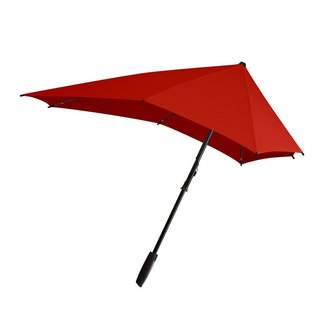 Any seasoned traveler knows that it's important to be prepared for any type of weather. Upgrade your favorite traveler's arsenal with the Senz Smart Umbrella, an umbrella designed with aerodynamic details for superior rain protection and durability.