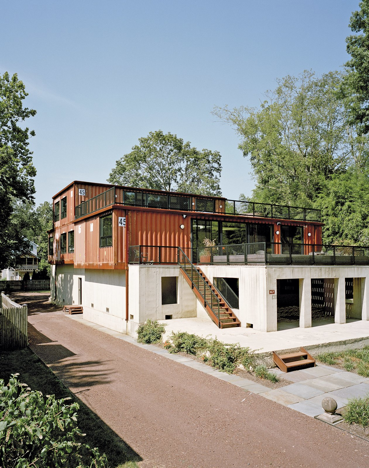 Shipping Containers: Design and ideas for modern homes ...