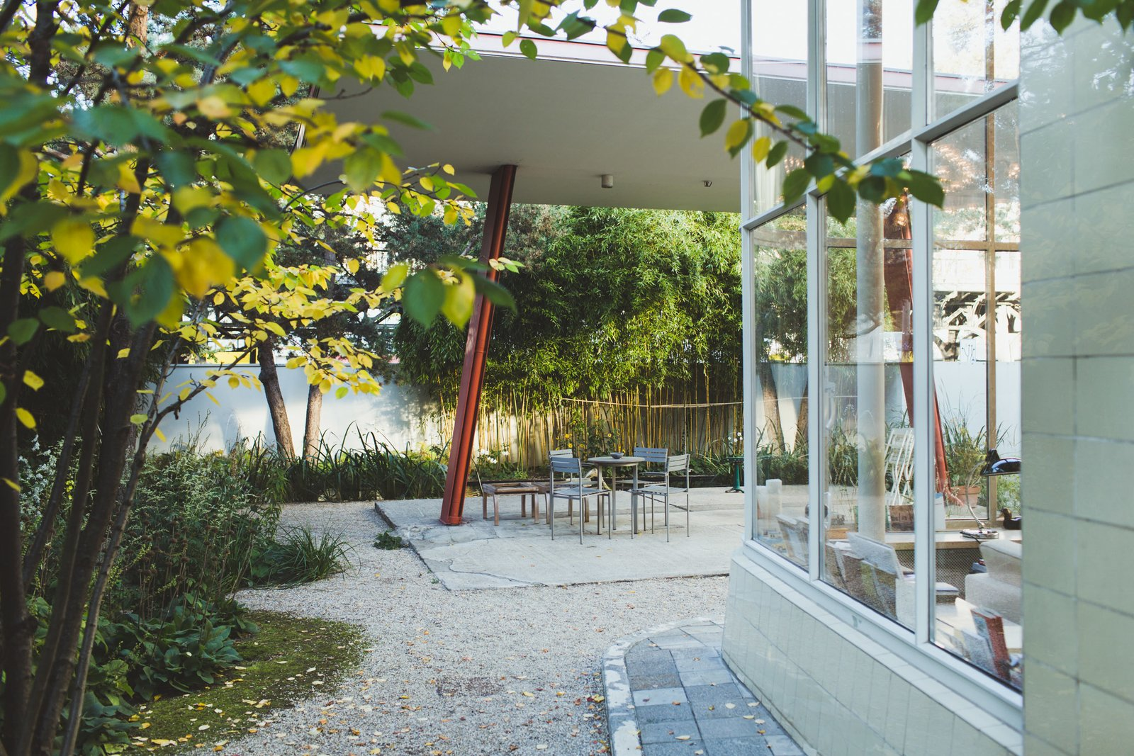 An Incredible Home Inside A 1950s Gas Station Modern Home In Berlin On Dwell
