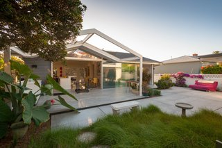 A California Cottage Renovated for Easy Indoor-Outdoor Living