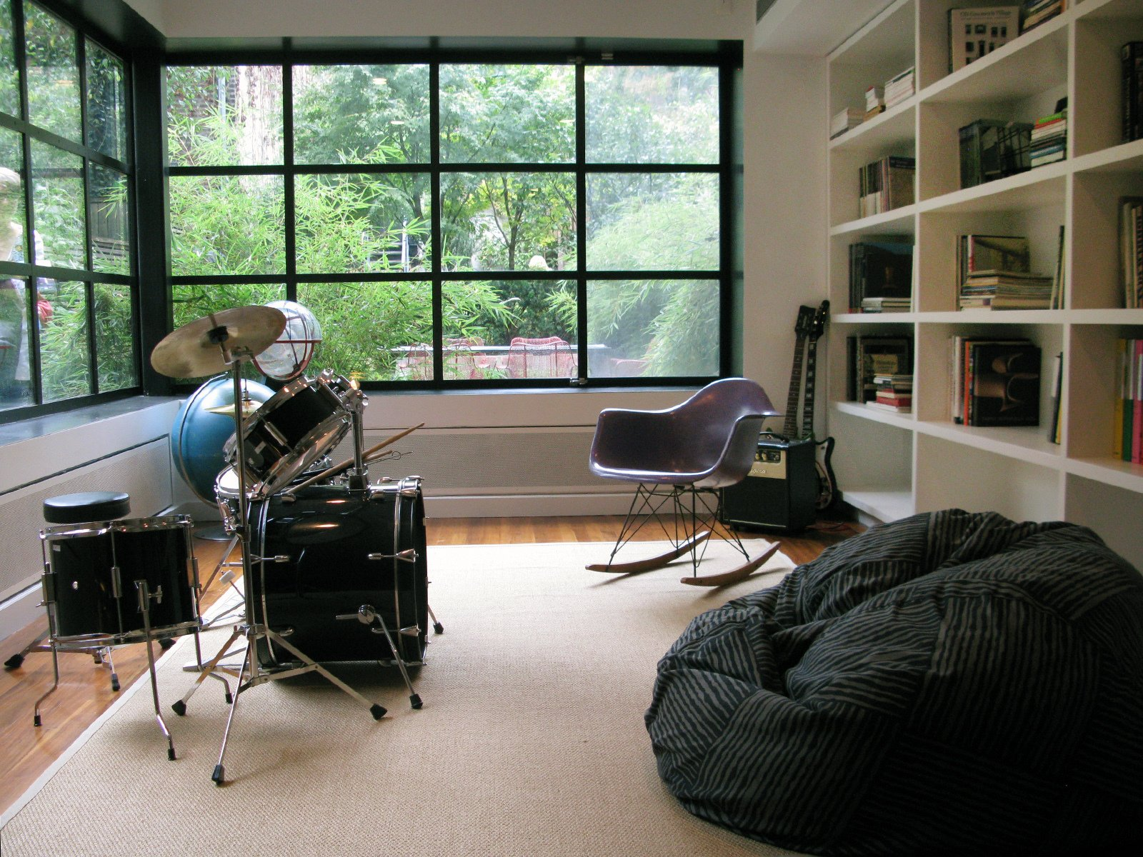 The music room on the ground floor.  Photo 27 of 51 in City Modern Home Tours: Brooklyn