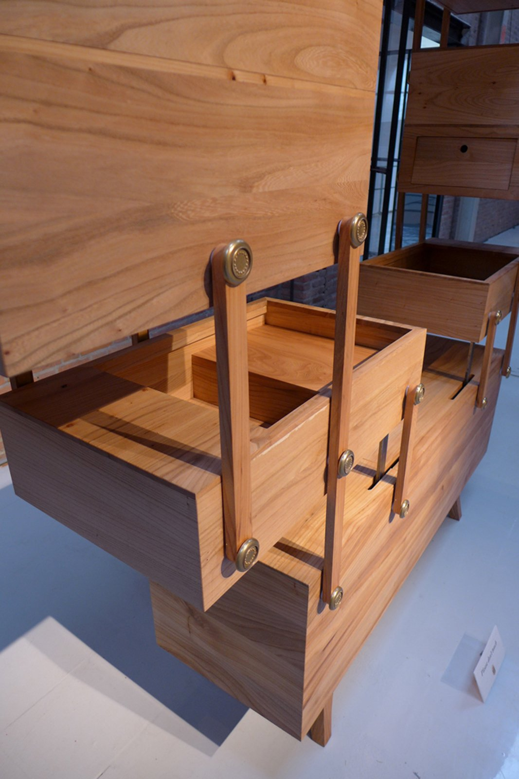 An interesting detail on this storage unit from Kiki van Eijk, which derives inspiration from a toolbox.  Dutch Design Week 2012, Pt. 2 by Maarten Dinger