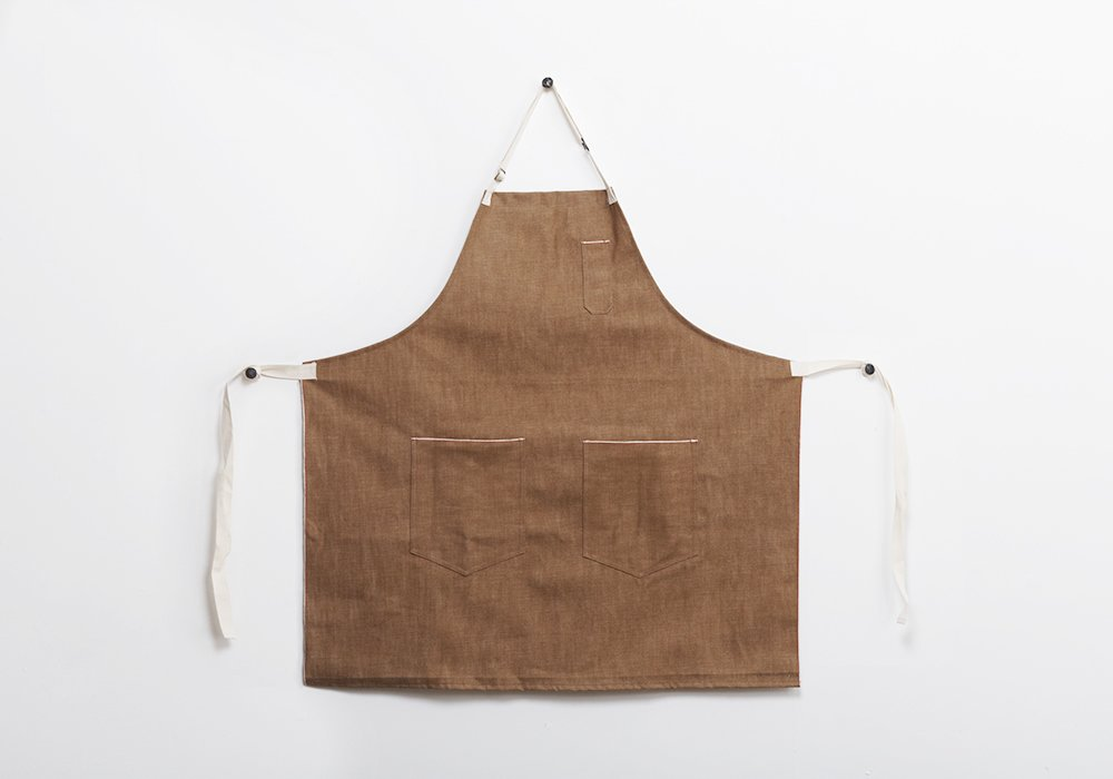 Apron by Hedley & Bennett.  Mohawk General Store Holiday Market by Diana Budds