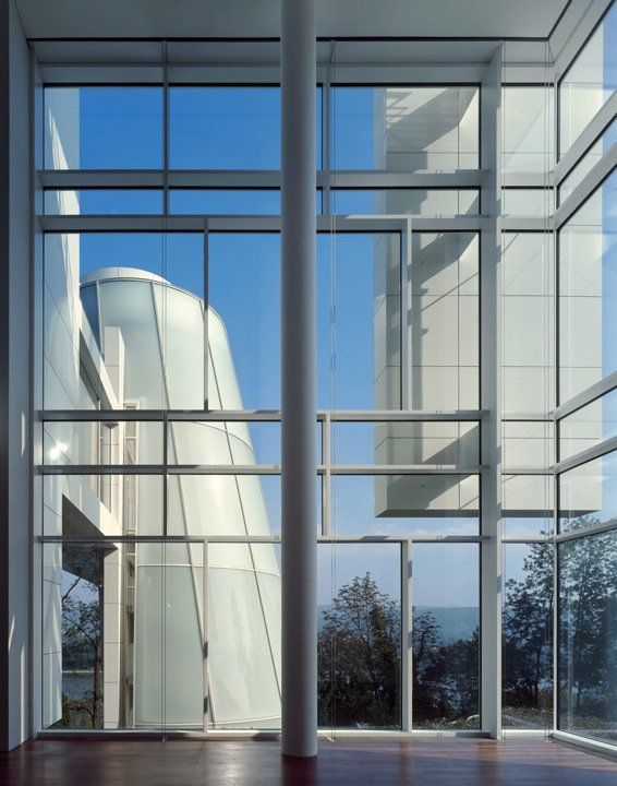 "Arp Museum in Rolandseck, Germany, 2002-07. (Copyright Roland Halbe)  When asked what he would like to build that he hasn't yet, Meier is direct. ""I'd like to do a skyscraper in New York City.""  Photo 5 of 10 in Richard Meier's Practice at 50"