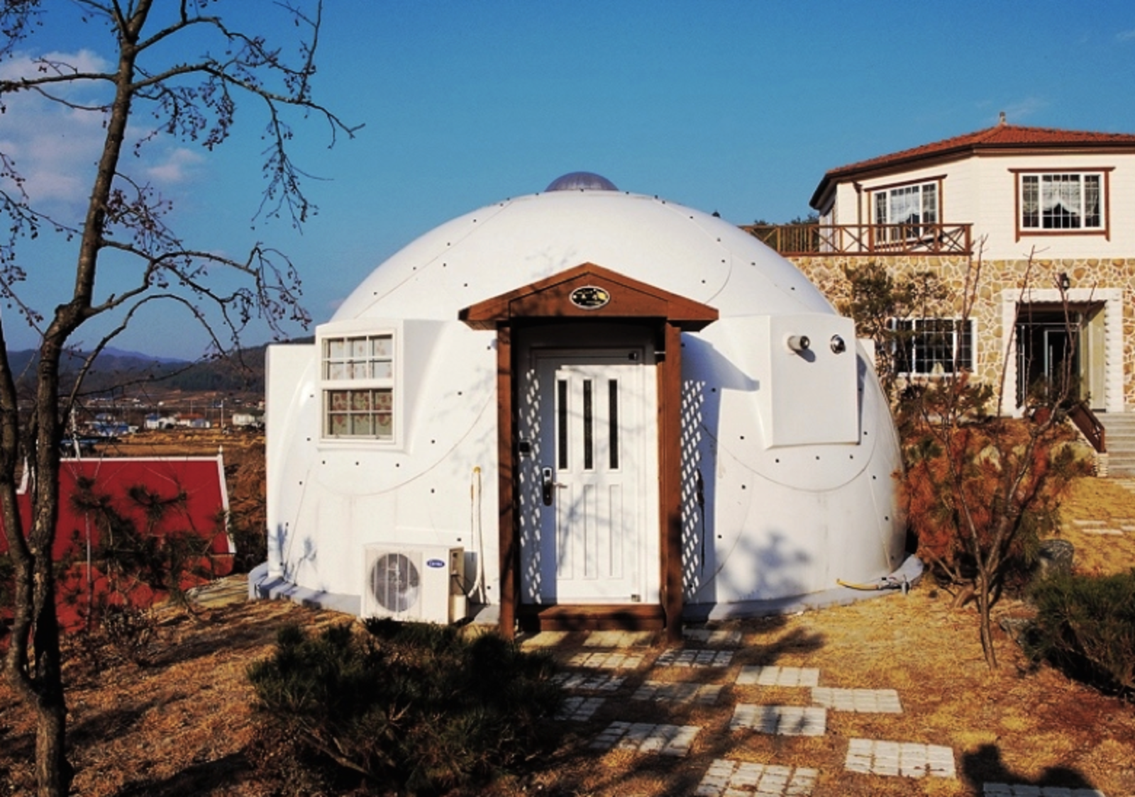 InterShelter dome prefab
