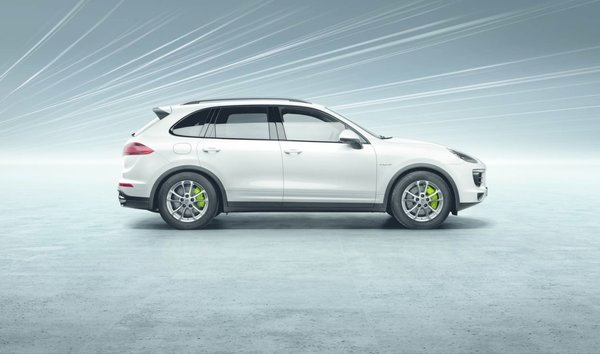 As a sporty vehicle in the SUV segment, the Porsche Cayenne has been challenging automotive conventions for over a decade. Four new 2015 versions, the Cayenne Diesel, Cayenne S, Cayenne Turbo, and Cayenne S E-Hybrid, promise to expand upon that legacy.