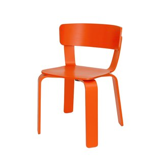 The bold and generously sized Bento chair is a modern take on the tradition of bending wood. The backrest has a built-in flex to provide good seating comfort. Designed by Swedish design studio Form Us With Love for the one year old Finnish brand One Nordic Furniture Company, the chair can be bought online for international shipping and is assembled by the buyer in four steps. ,