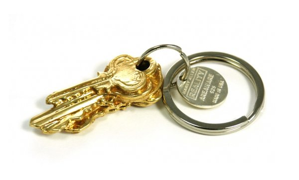 The 5 Key Keychain in 14K Gold-Plated Brass by Harry Allen is cleverly cast from a stack of five keys. Guaranteed to be a conversation piece. Also comes in sterling silver and colored resin.