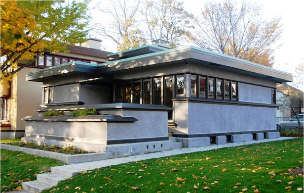 The only grouping of Frank Lloyd Wright's early American System-Built Homes—built by Arthur Richards and designed with standardized components for mass appeal to moderate-income families—is situated in the Burnham Park neighborhood in Milwaukee, Wisconsin. The four model 7A duplexes, one model B1 bungalow (shown here), and model C3 bungalow were added to the National Register of Historic Places in 1985. [Photo via McNees.org]