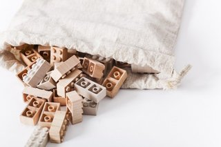 Modern, Green Alternative to the Classic LEGO®