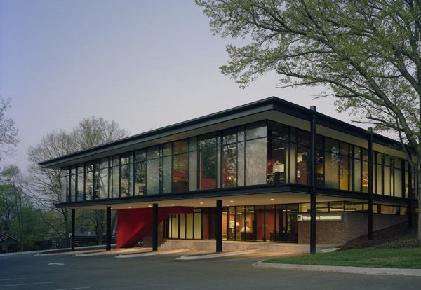 Arkansas. Built in 1962 by Warren Segraves, the Fulbright Building in Fayetteville was the former home of the Fayetteville Public Library. Marlon Blackwell Architects renovated the structure in 2007, adding light to the upper level via new skylights and inserting staircases to better connect the levels. It now serves as a commerical office space.