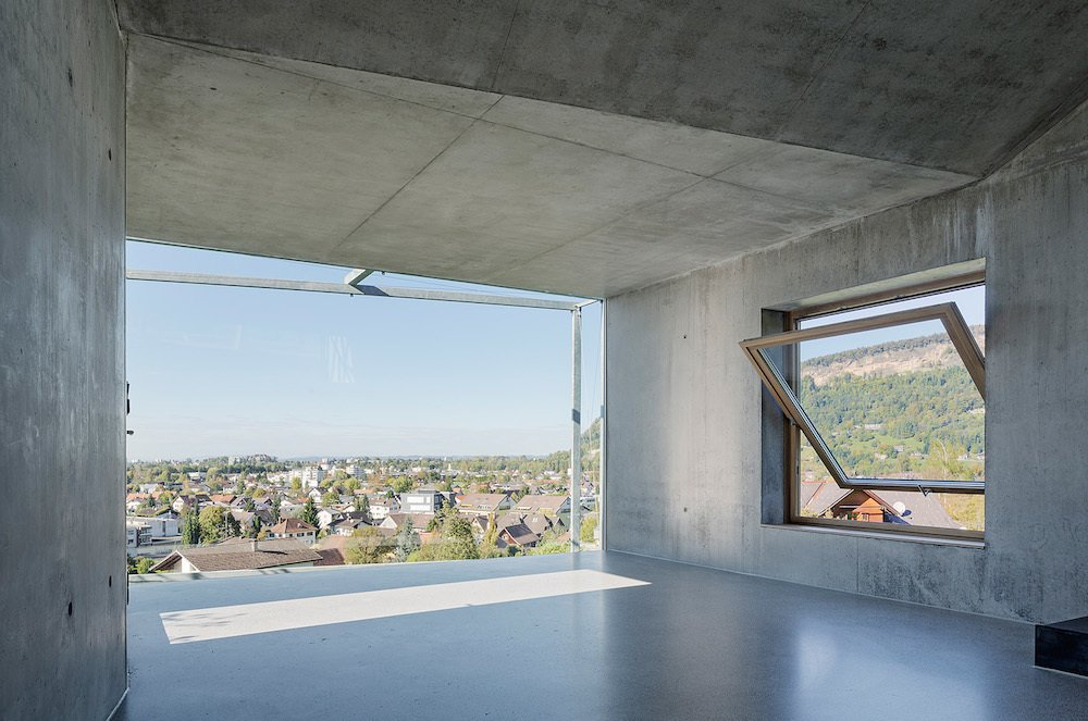 Shed & Studio and Living Space Room Type Screens can be used to alter the amount of daylight that streams into the studio.  Photo 6 of 7 in Camera-Inspired Artist's Studio Offers Stunning, Wide-Angle Views