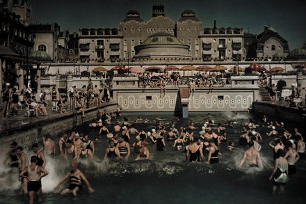 Gellert Bath, an outdoor swimming pool on the Danube in January 1930, Photo by Hand Hildenbrand, National Geographic.