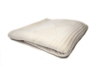 Cuddling Up with Qi Home's Cashmere