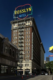 The former luxury hotel, Rosslyn Hotel Apartments, opened its doors on Fifth and Main in Downtown L.A. in 1923, and was once one of the largest luxury hotels on the West Coast. The Beaux Arts building now provides homes and services for people in need, using preservation as a tool to integrate affordable housing into market-rate neighborhoods.