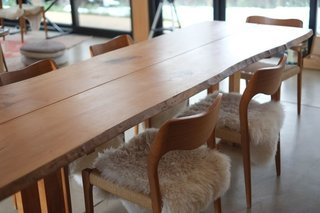 For the dining room table, Hirsh and Volny collaborated with local company TCWoods, an urban sawmill that makes custom furniture and art from downed trees. Based on a classic George Nakashima design, the table is made from a maple tree that had been in front of Boulder High School.