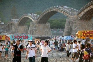 Kintai Bridge, Japan-A 5-arch wooden bridge, built in 1673 below the mountaintop Iwakuni Castle. Photo: Kyle T. Ramirez