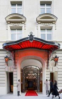Raffles Paris: A True Art Hotel