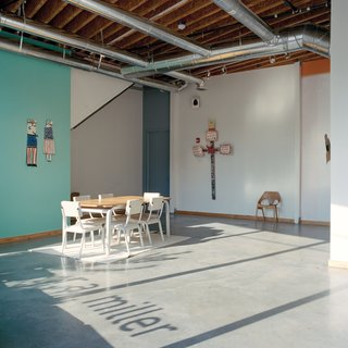 Lightroom 2.0 was inspired by artists' lofts and Decatur's industrial past. The gallery floors are polished concrete and the exposed joists are Georgia-Pacific engineered lumber.