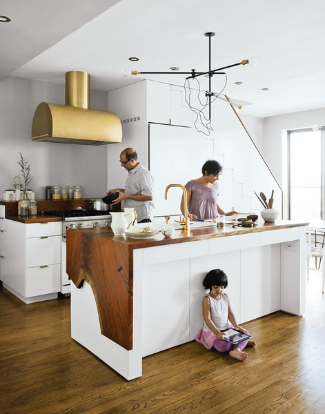 A wonderful family scene shot for Top Brass in our June 2012 issue.  Photo 3 of 7 in Photographer Q&A: Matthew Williams