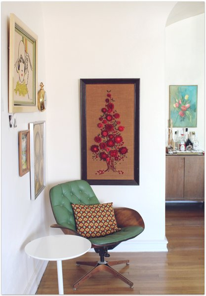 Green leather upholstery for a Plycraft lounger designed by George Mulhauser is a slightly rarer find on the vintage market, though not uncommon at the time of its production. Read more about Plycraft lounge chairs. Photo via Candi Mandi.
