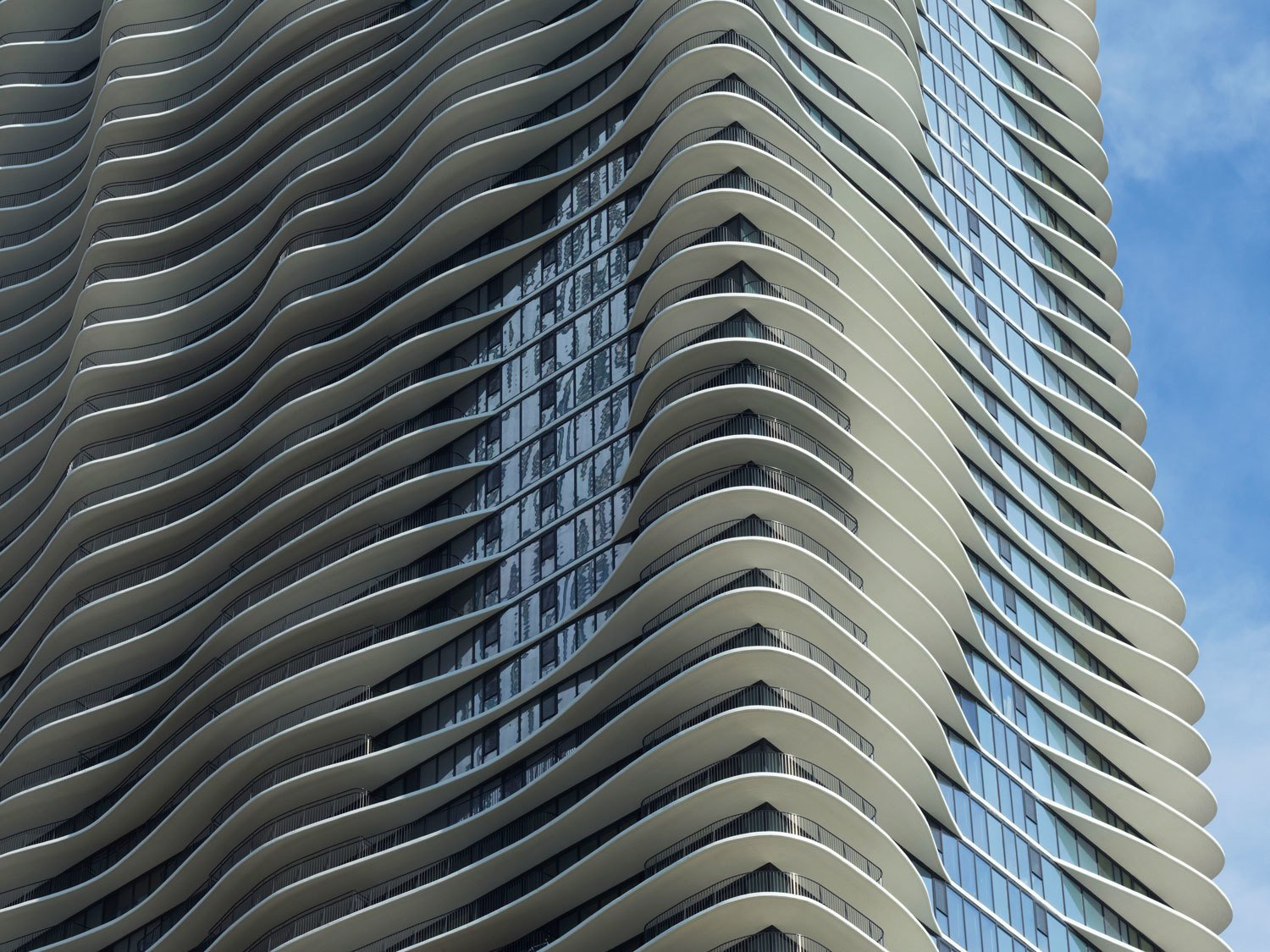 Architecture Inspiration of the Day: Aqua Tower in Chicago