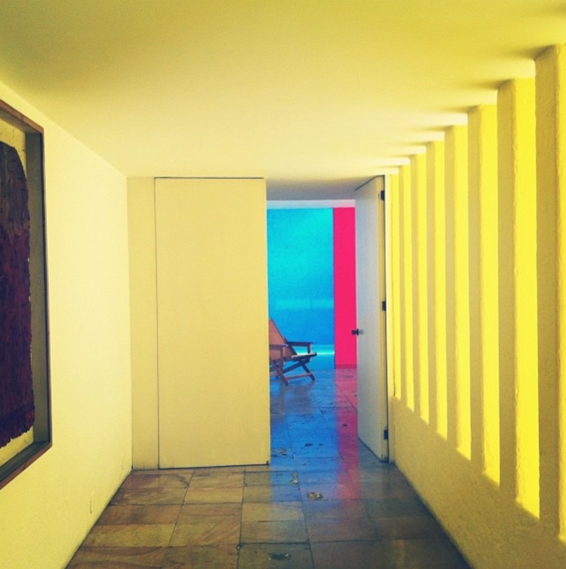 Photo 1 Of 44 In 40 Yellow Modern Home Design Ideas By Matthew Keeshin From Mobile App We Love Instagram Dwell